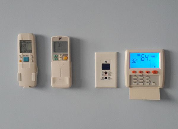 微電腦LCD控制面板(,遙控器選購)